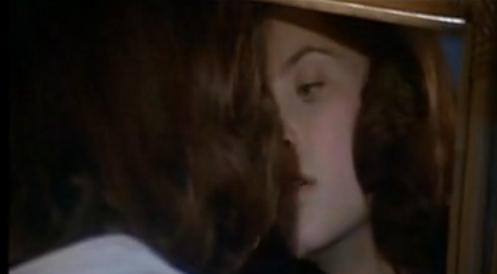 mirror lesbian.